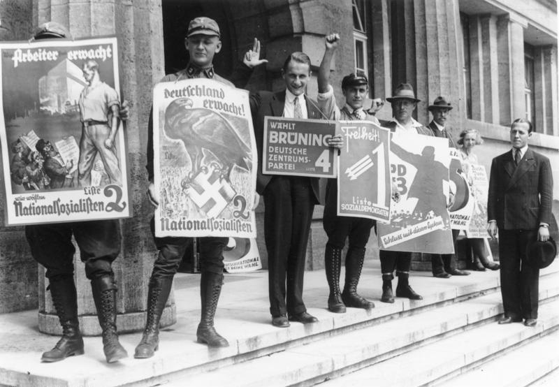 Valgplakater for NSDAP op til valget i 1932