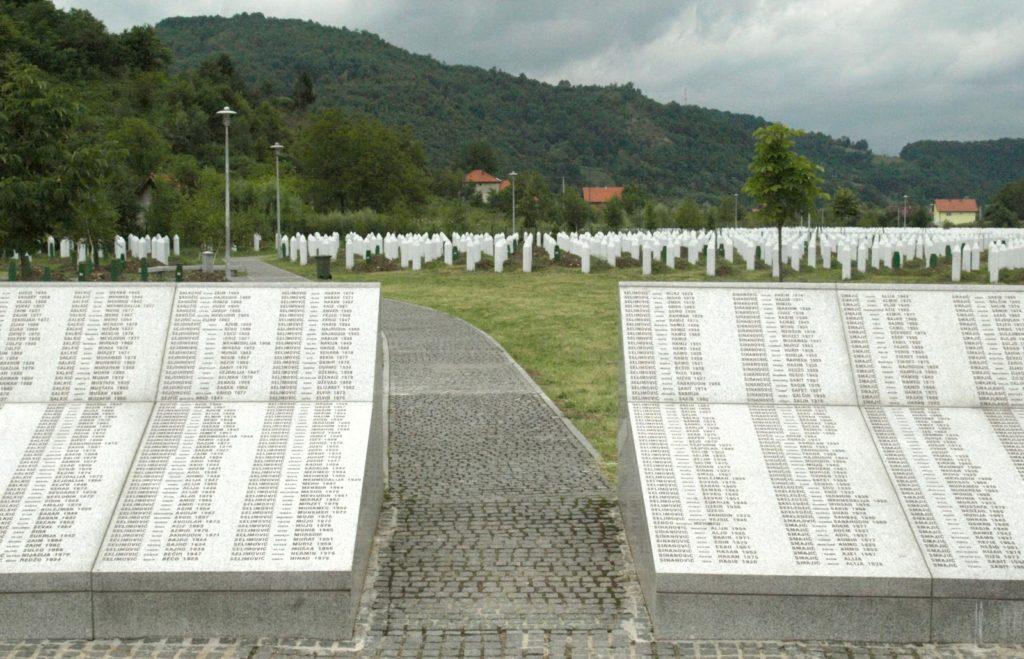 Srebrenica gravplads